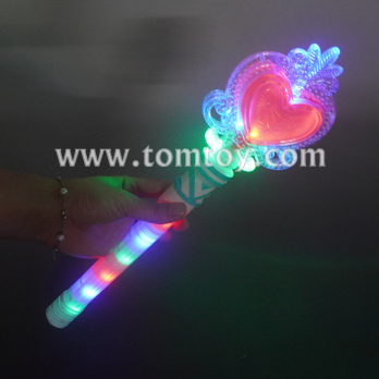 light up heart baton tm06366.jpg