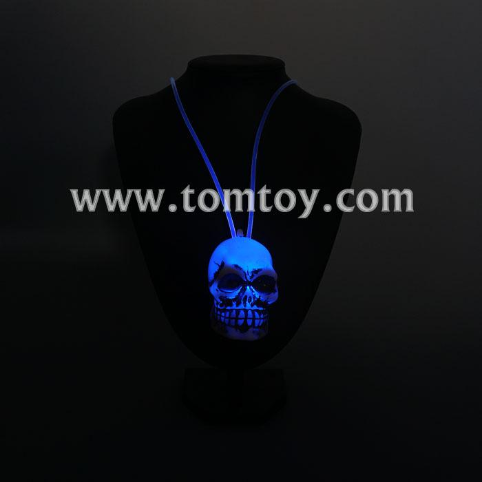fiber optic skull necklace tm00069.jpg