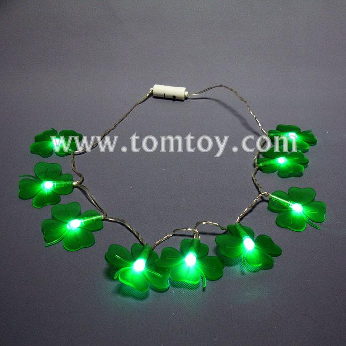 led clover necklace with 9 green lights tm00638.jpg