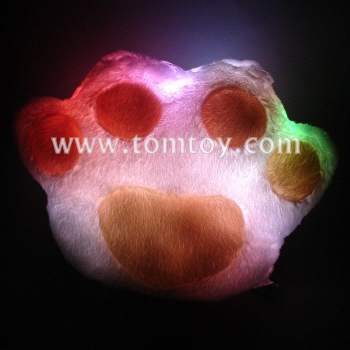 led fluffy paw pillow tm121-002.jpg