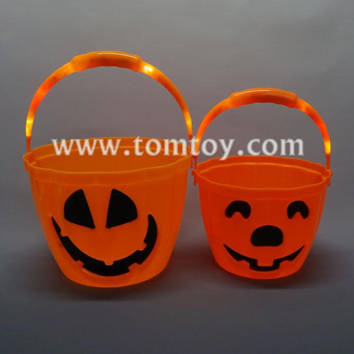 led light up pumkpin candy bucket tm04581.jpg