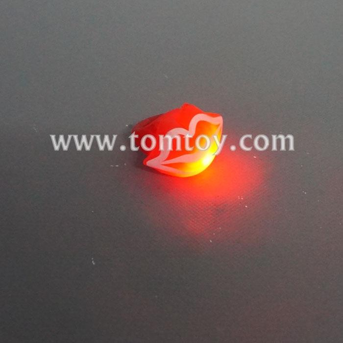 led red lips rings tm03980.jpg
