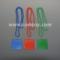 bead necklace with square pendant tm05566