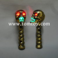 bronze led flashing skull head wand with sound tm02614