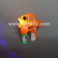 flashing clownfish bubble gun tm02899
