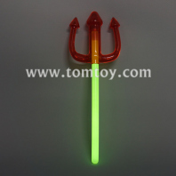 glow pitchfork wand tm03588