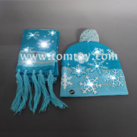 light up snowflakw beanie hat and scarf tm06936